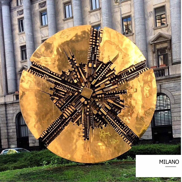 fashion designer milano